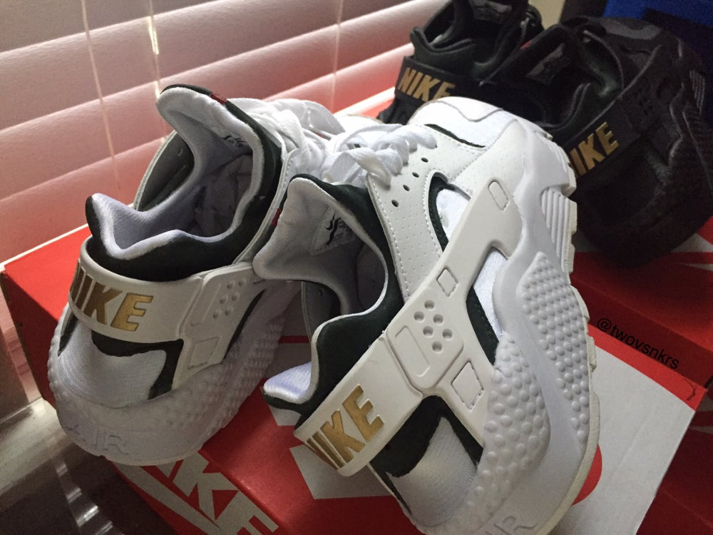 Image Of Custom Gucci Nike Huaraches