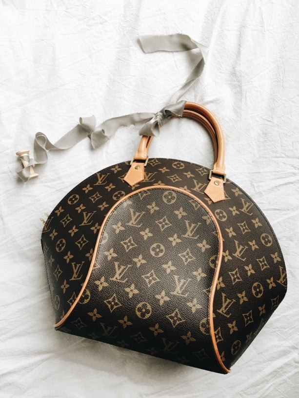 Image of 1997 LOUIS VUITTON Monogram Ellipse MM Handbag