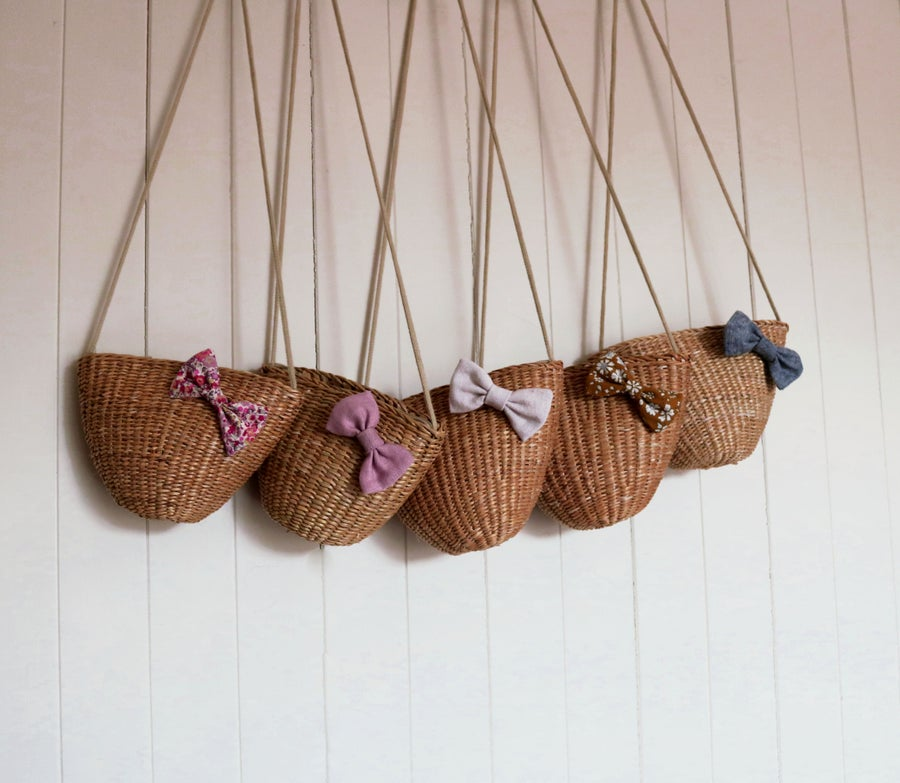 Image of Woven bow bags - Classics