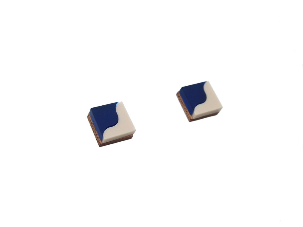 Image of TWO TONE EARRINGS - SAPPHIRE