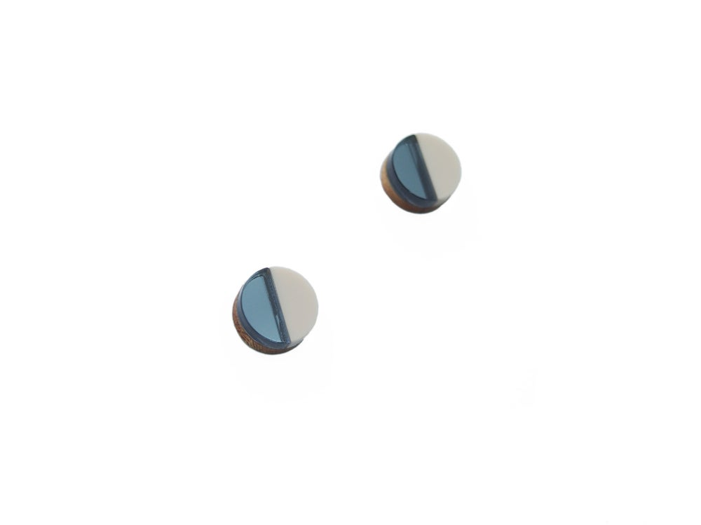 Image of CIRCLE STUD EARRINGS - BLUE MIRROR
