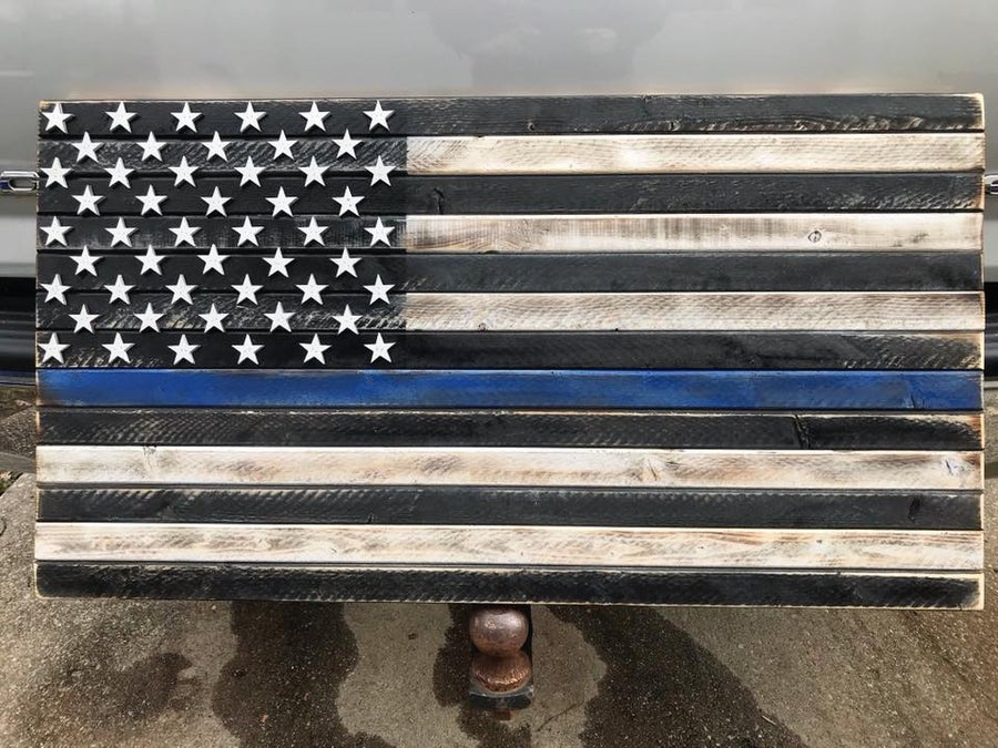 Image of Medium Thin Red or Thin Blue Line