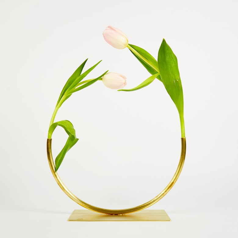 Image of Vase 536 - Halfway to a Circle Vase