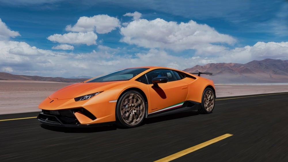 Image of BlockTEE - Lamborghini Huracán Performante