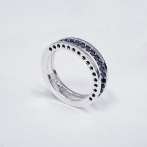 Image of INFINITY FOLDING RING W/BLACK DIAMONDS / VARIATION THREE
