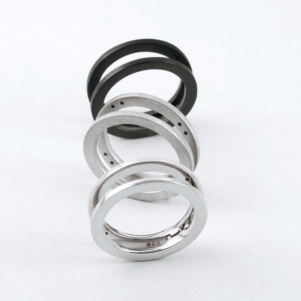 Image of INFINITY FOLDING RING