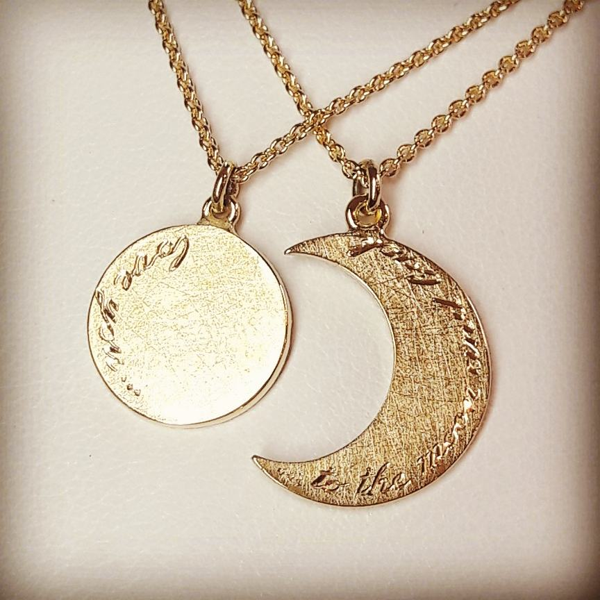 "Beeld van ""Love you...to the moon and back"""