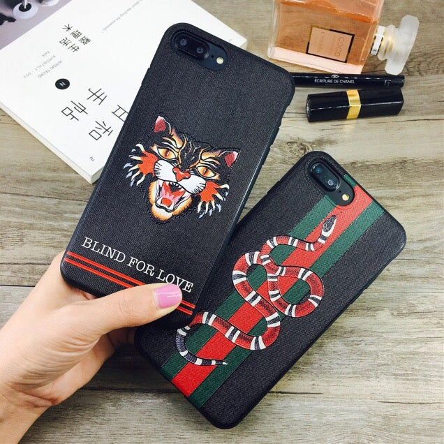 promo code 63246 0fff3 Gucci Tiger/Snake iPhone Case