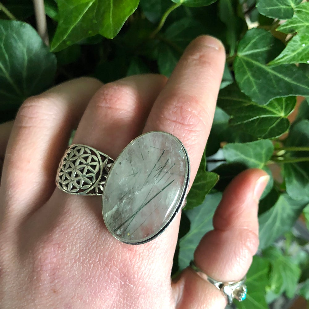 Image of Green Tourmalated Quartz Crystal Sterling Silver Ring (8.5-9)