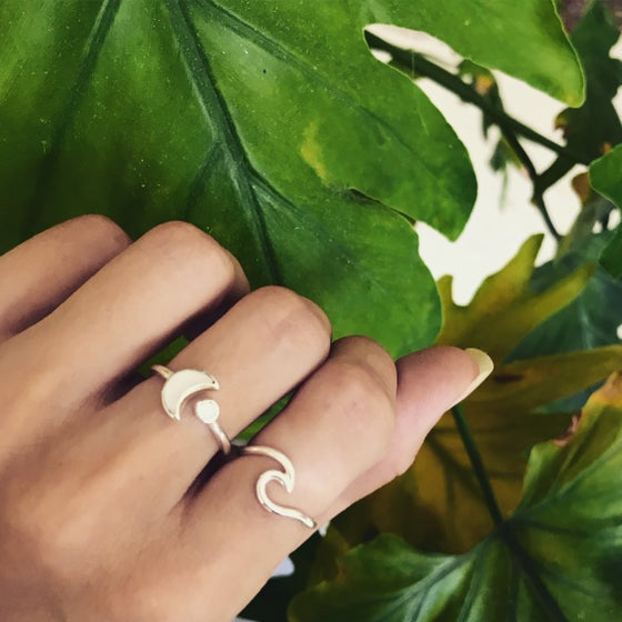 Image of Sterling silver wave ring
