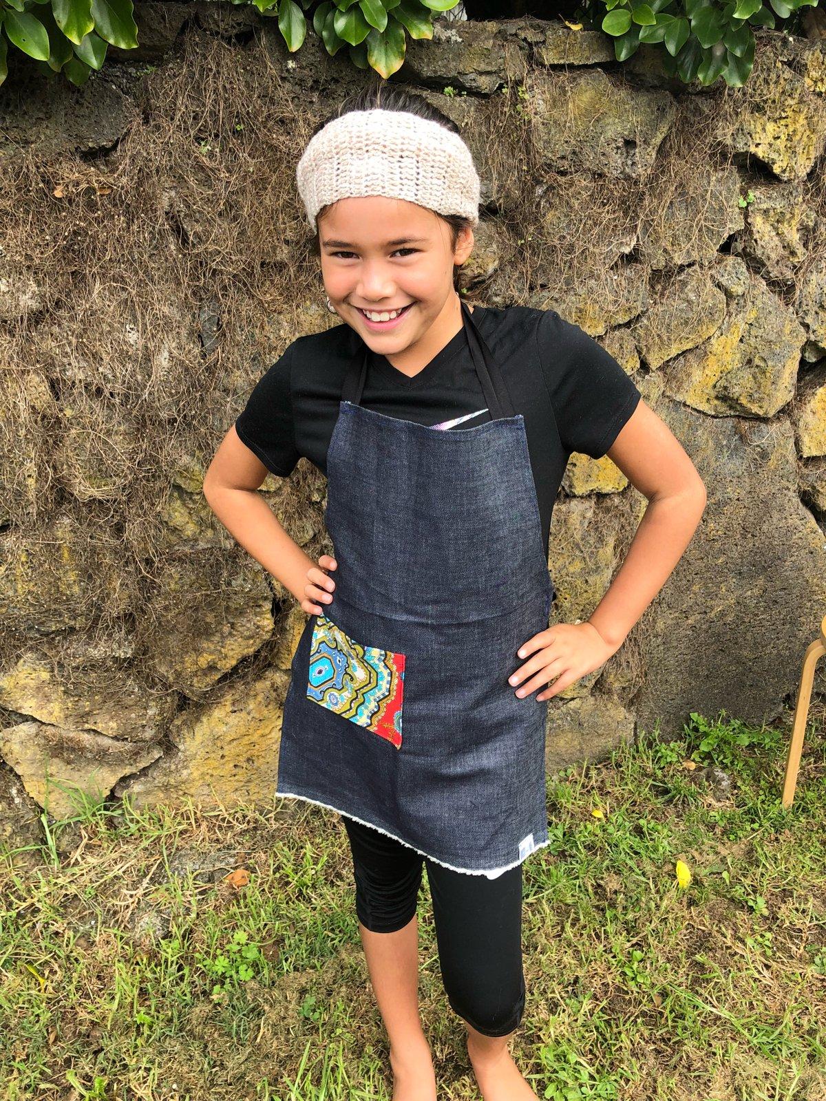 Image of Sustainable Kids Apron - Retro Pocket
