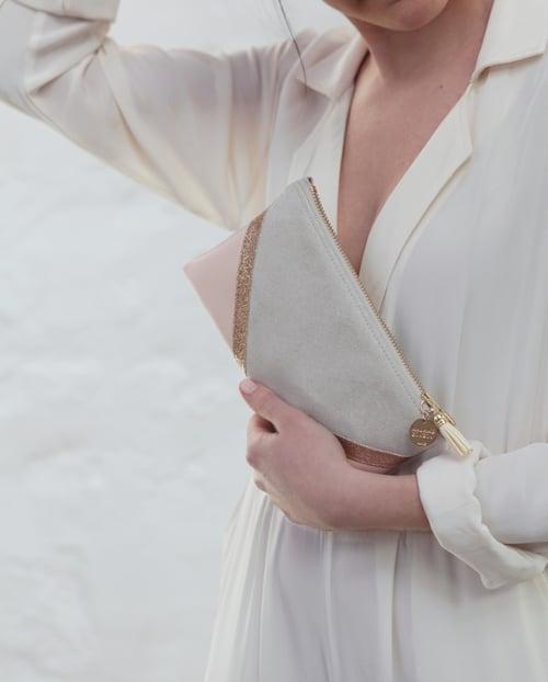 Image of Pochette *CHIARA* nude et dorée.
