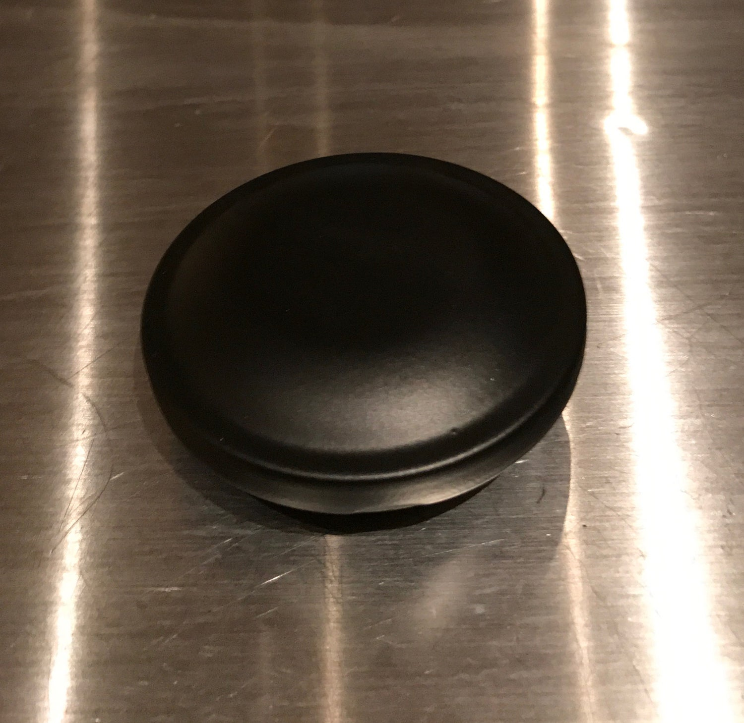 Image of Gas Caps 66-77 (satin black/silver, smoked chrome)