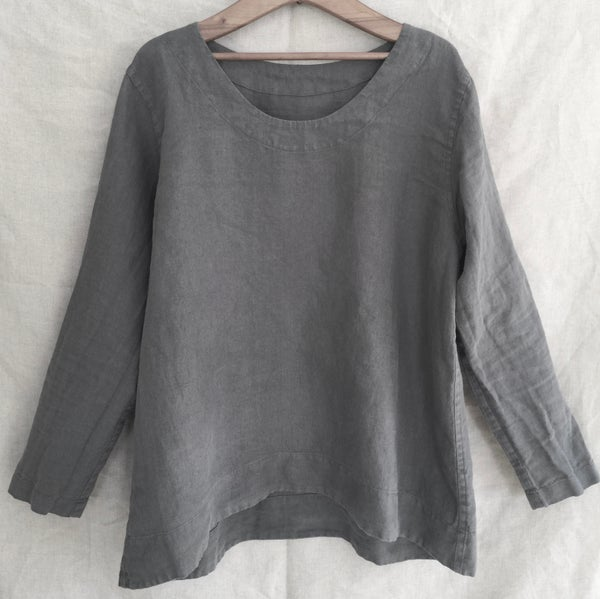 Image of linen long sleeved tunic blouse