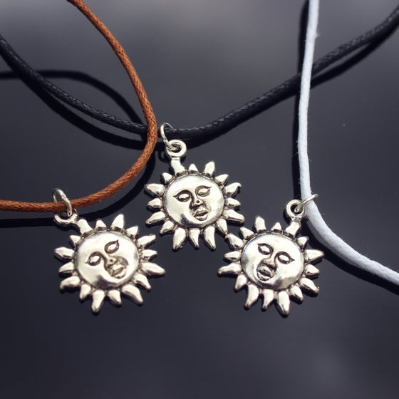 Image of Sun Choker