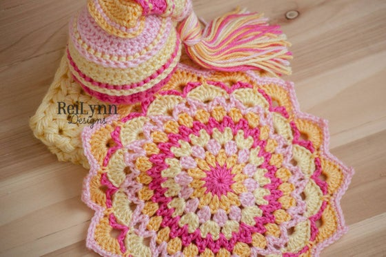 Image of Pink, Yellow, Baby Maize and Hot Pink Mandala Layer