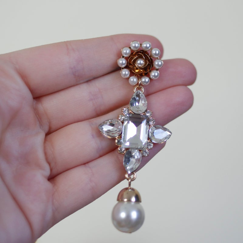 Image of Pearl & Gold Flower Dangles (sizes 0g-1/2)