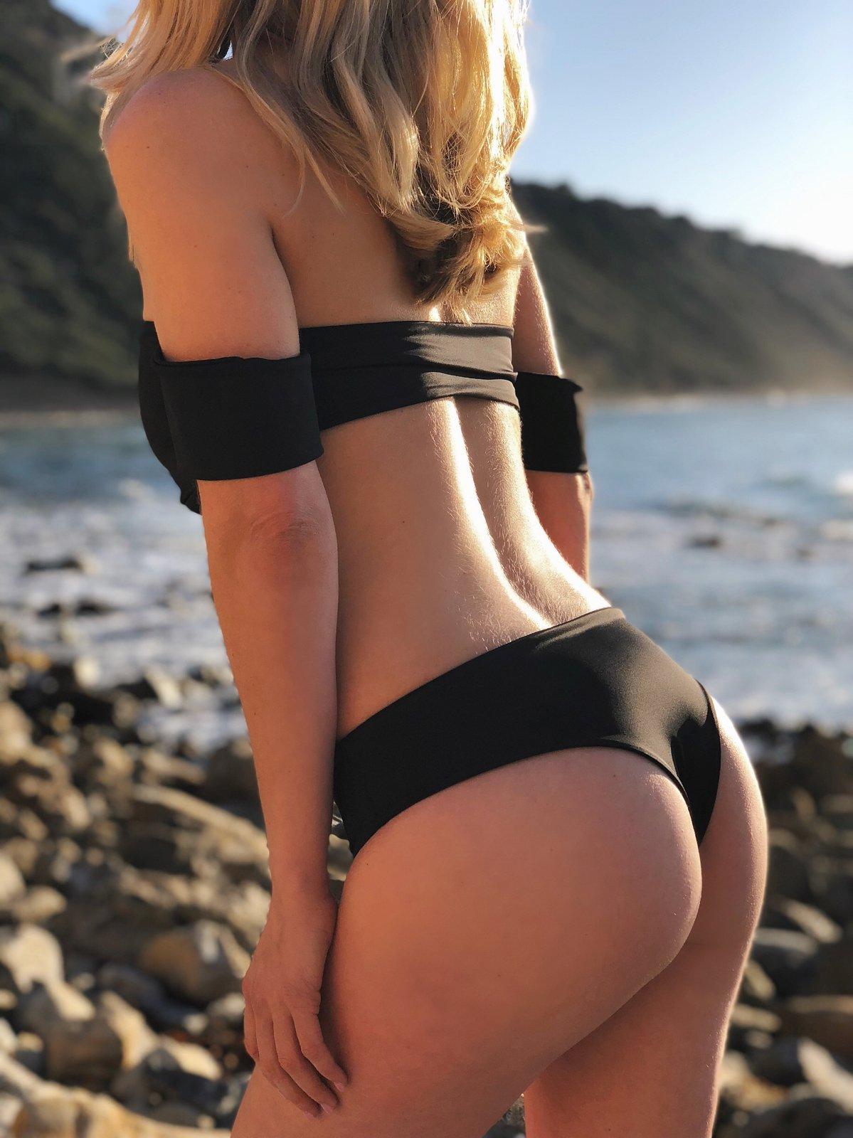Image of Bandau Bikini Top with arm sleeves with Cheeky Bottoms