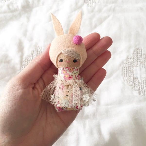 Image of Mini Mini Bunny #1