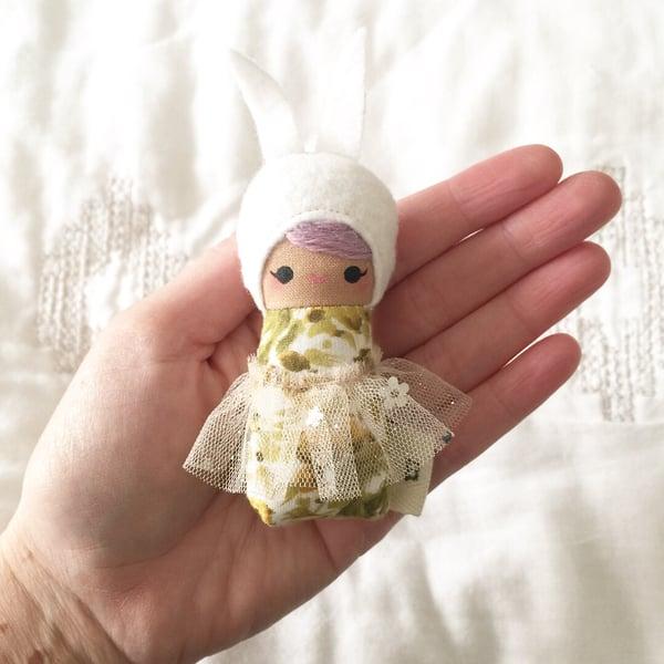 Image of Mini Mini Bunny #3