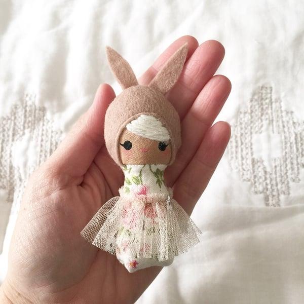 Image of Mini Mini Bunny #4