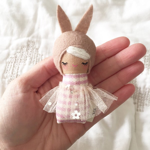 Image of Mini Mini Bunny #6
