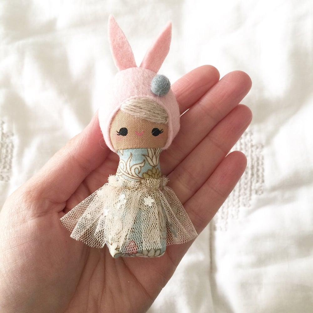 Image of Mini Mini Bunny #11