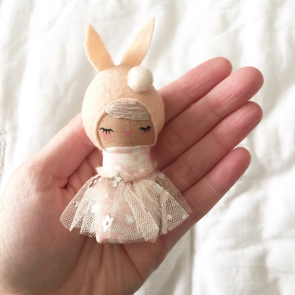 Image of Mini Mini Bunny #12