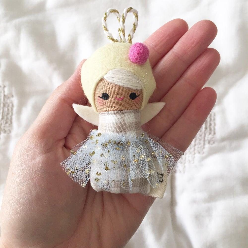 Image of Mini Mini Sparkle Bug #8