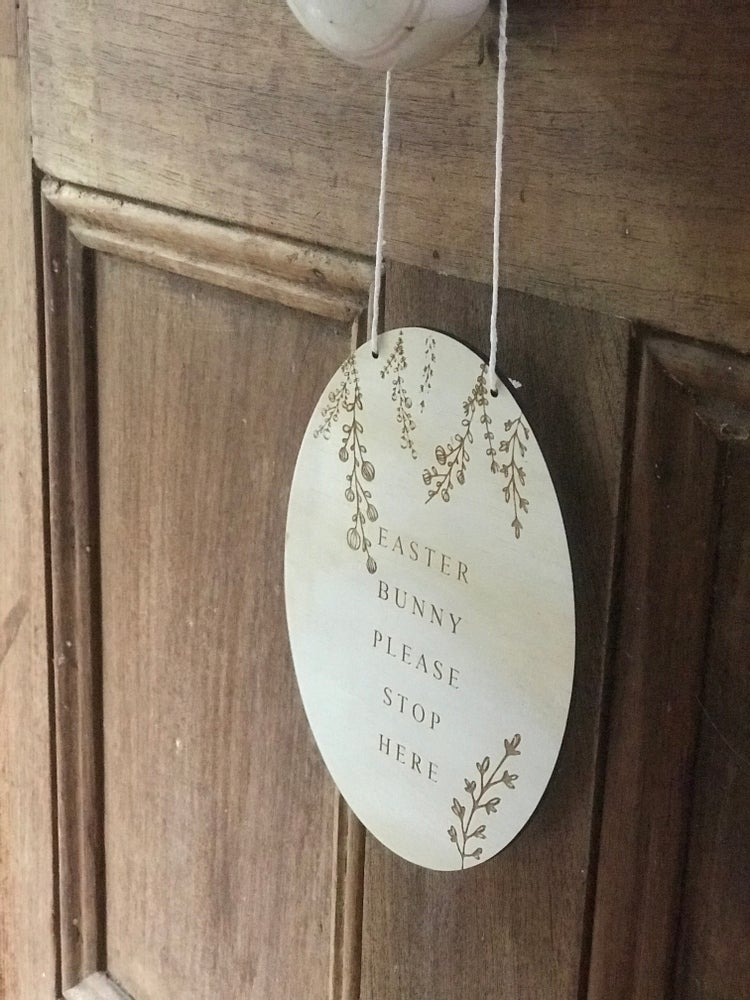 Image of WILDFLOWER EASTER BUNNY PLAQUE