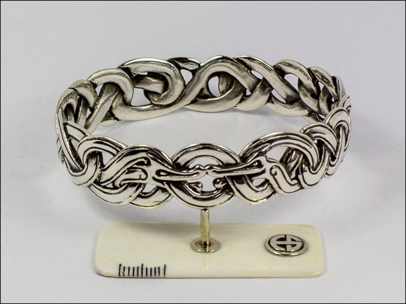 Image of Kissing Dragons Bracelet