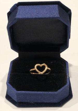 Image of Tury Heart Ring 2