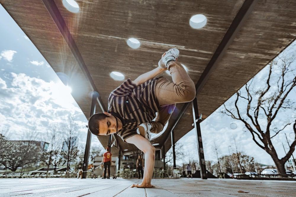 Image of Balancing - Handstand Training: Bboy Dang