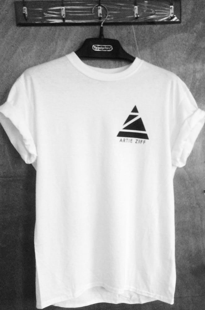 Image of White t-shirt size XL