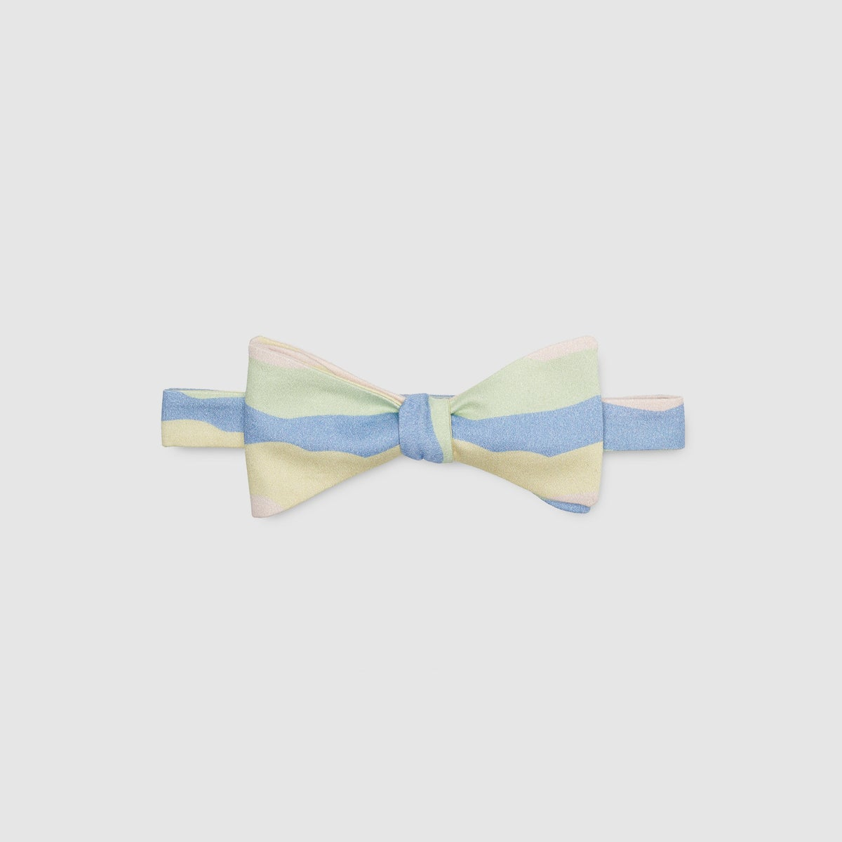 Image of ODESSOLEA - the bow tie