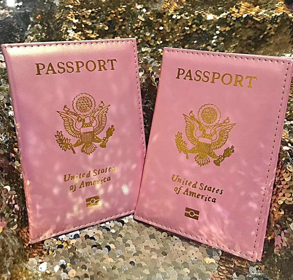 Image of *BESTIE* METALLIC PINK PASSPORT COVER SET