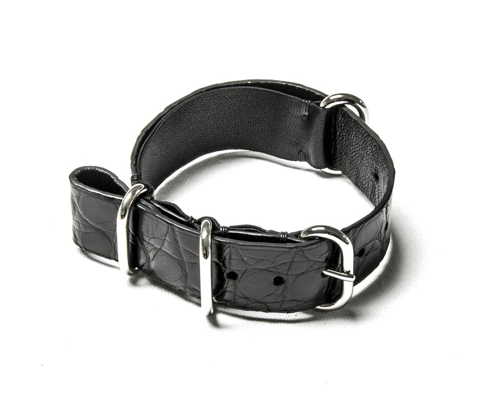 Image of Black Alligator NATO strap
