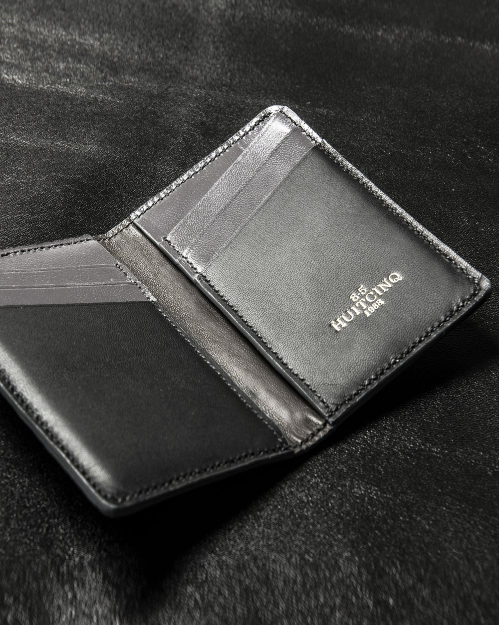 Image of Dark Grey Alligator Bifold n°8
