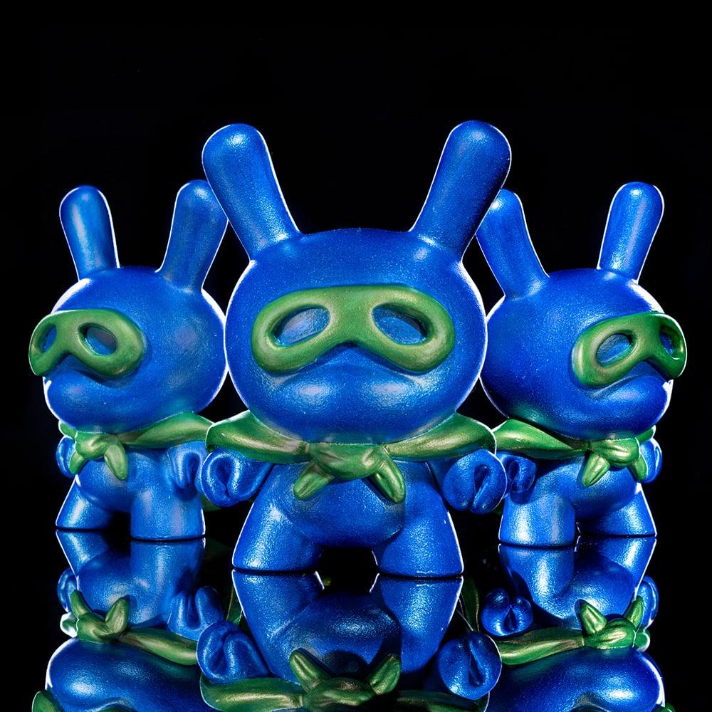 Image of metallic blue/green Superdunny
