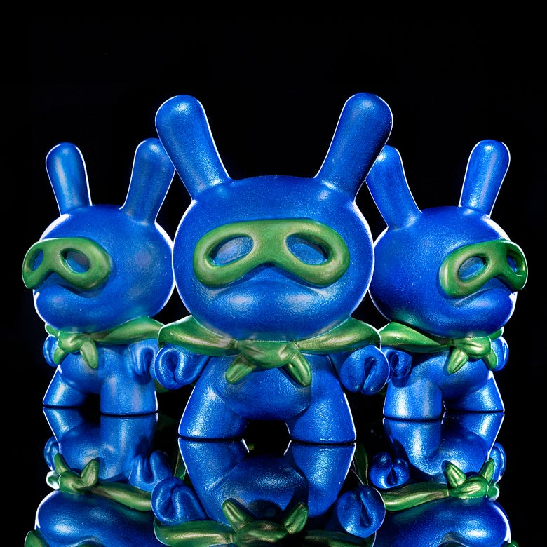 Image of metallic blue/green Superdunny