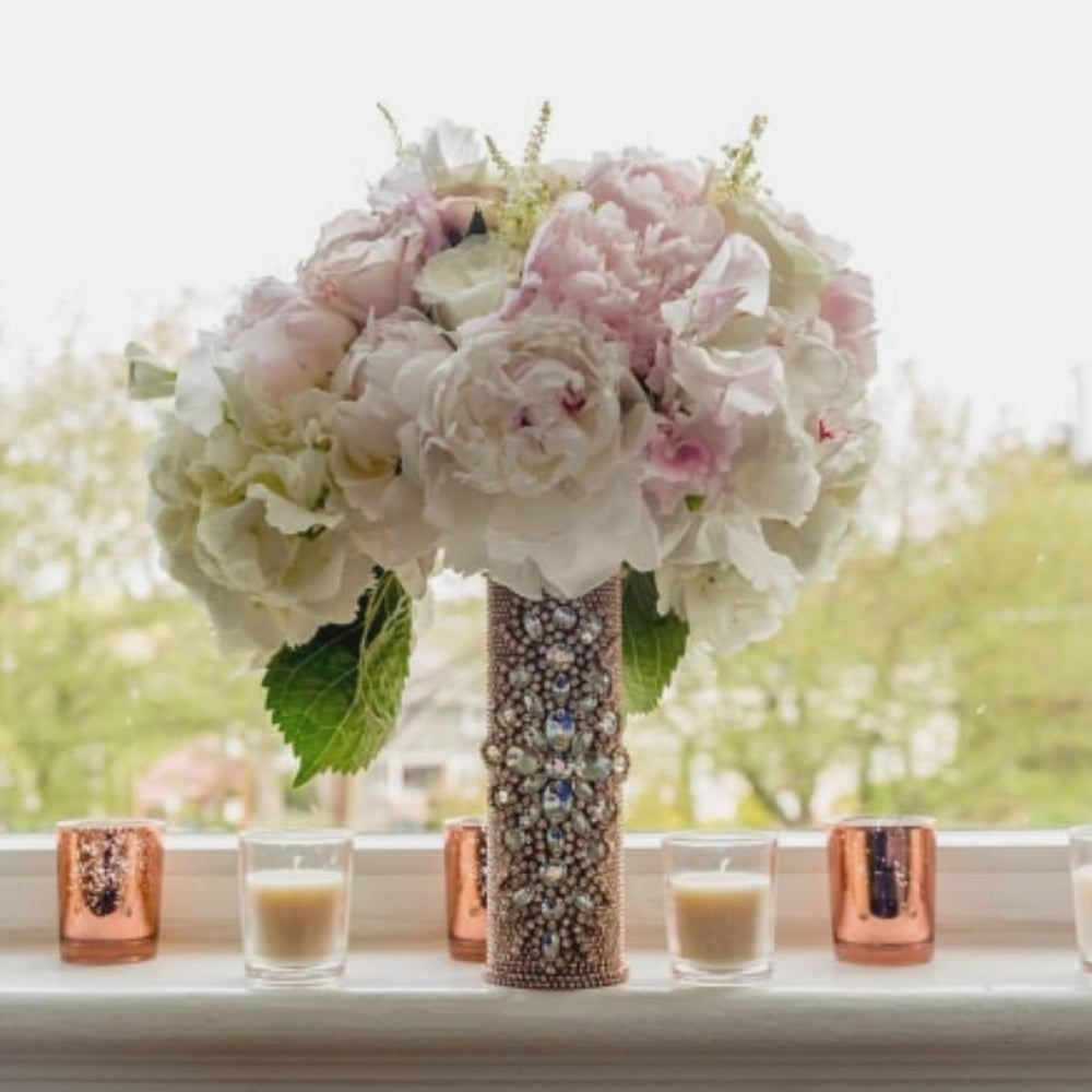 "Image of ""Allison"" Bouquet Holder"