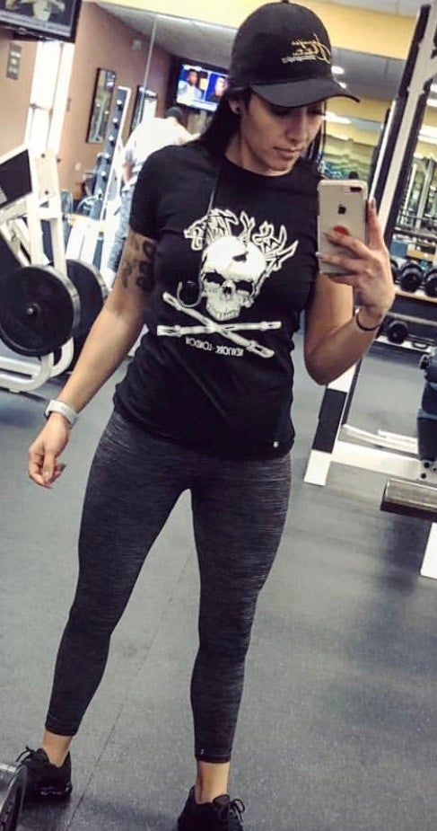 Image of Abs X Tatts Womans Skull T-shirt (Black)