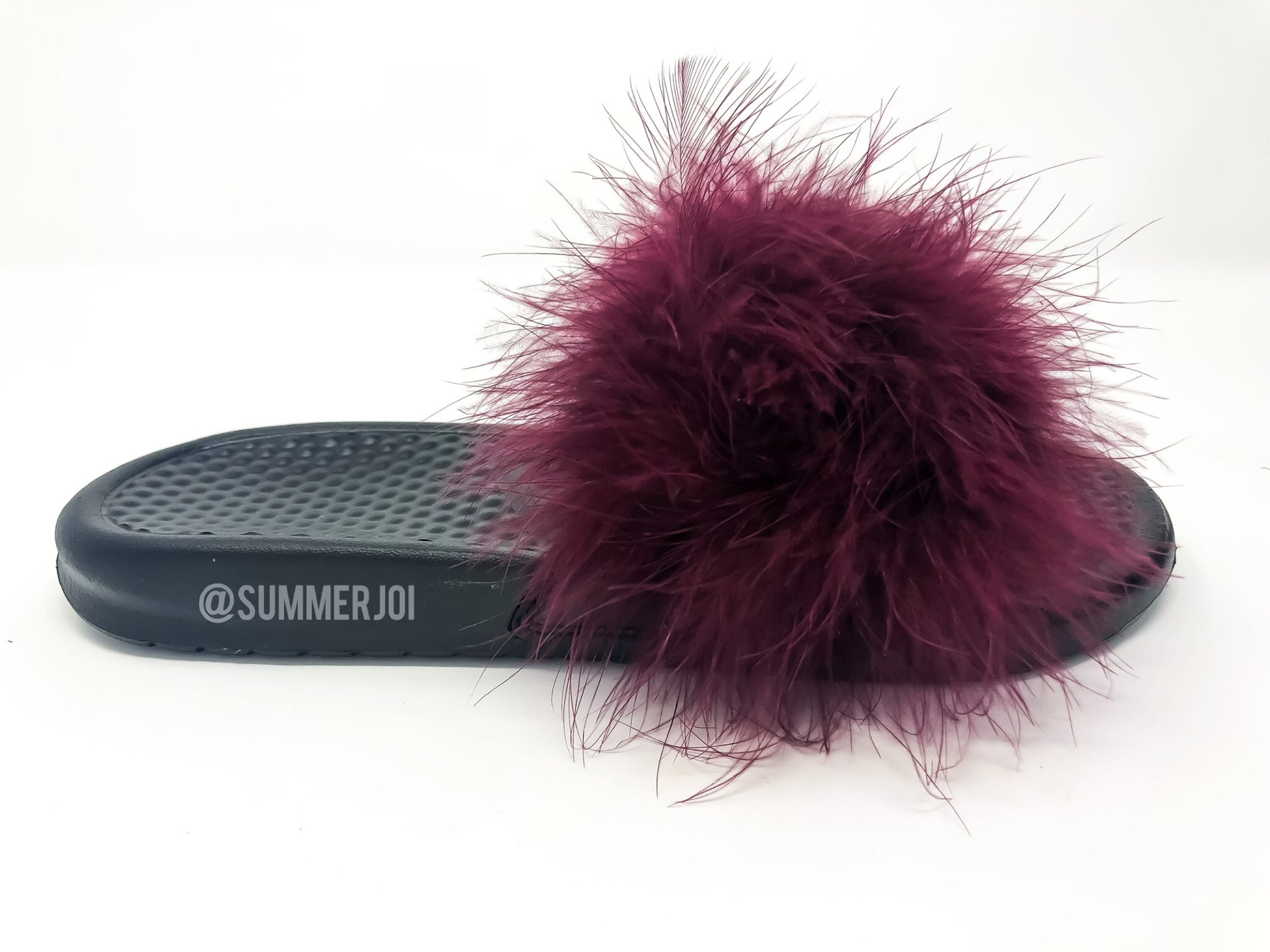 c438ad697b28f5 ... Image of Burgundy Faux Fur Nike Slides by Summer Joi