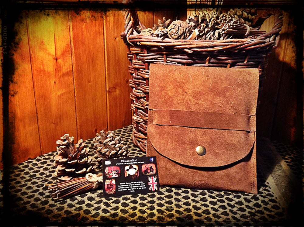 Image of Leather Folding Stove Wallet
