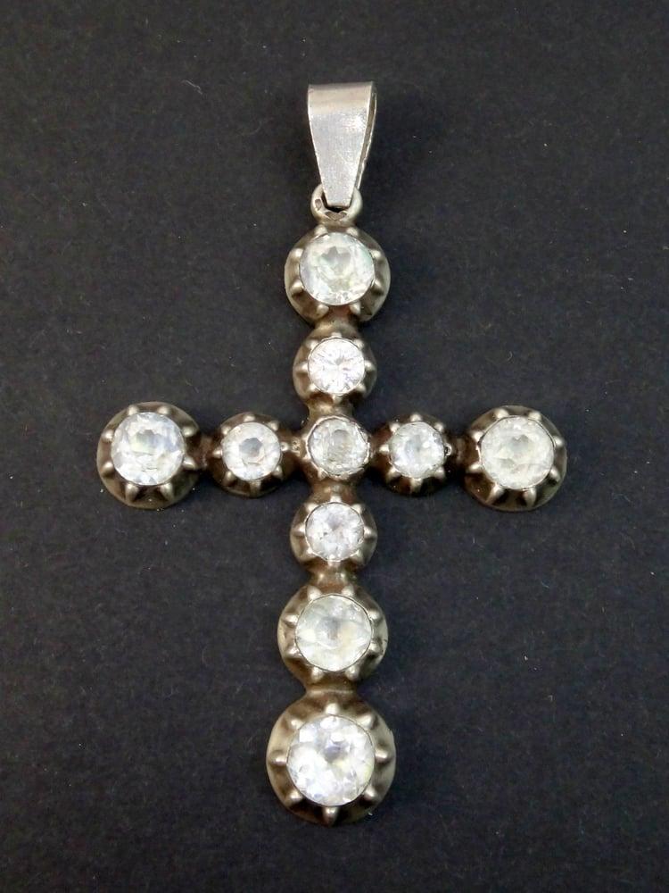 Image of Grande croix régionale provençale Arlésienne argent massif et strass