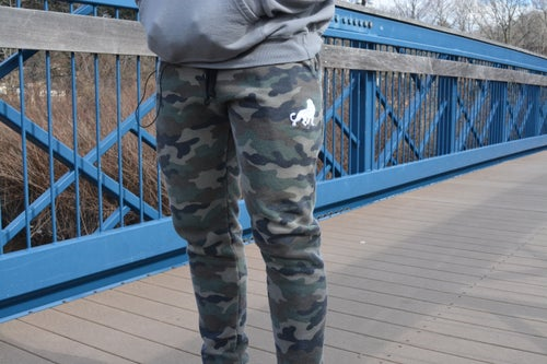 Image of León Camo Joggers & Sweatsuit Unisex Slimfit (Made to order)