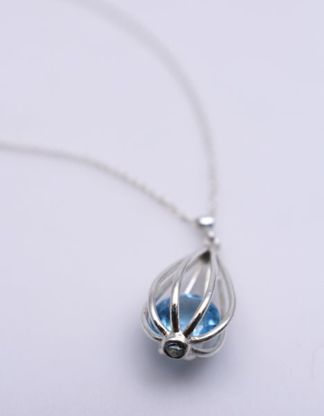 "Image of Medium ""Momento"" Teardrop Pendant Necklace with Sky Blue Topaz"