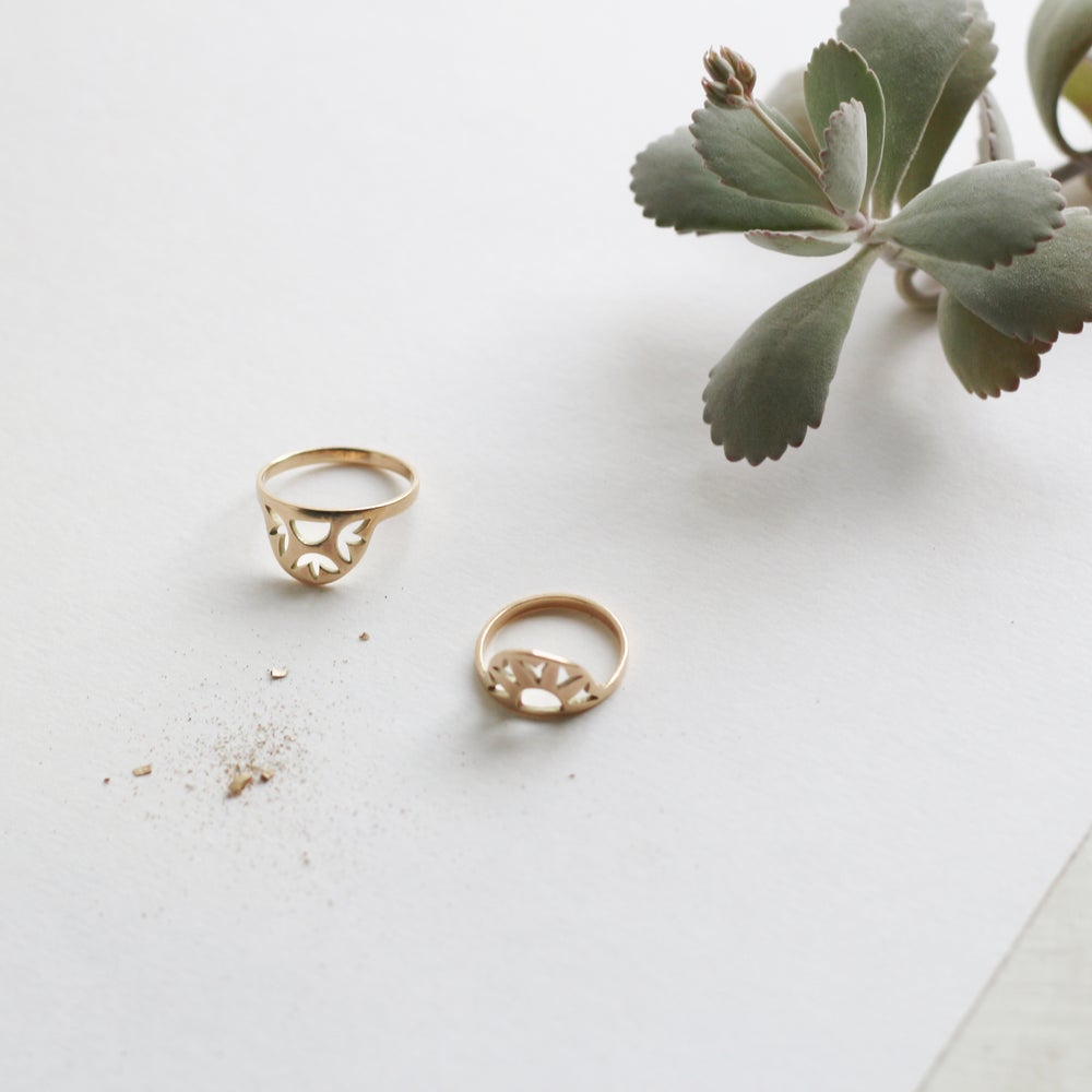 Image of Fairtrade Gold Sol Ring
