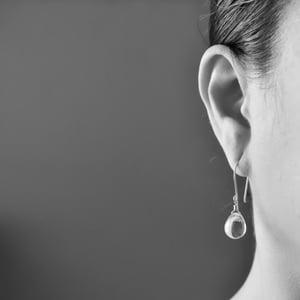 Image of Pale gray glass drop earrings