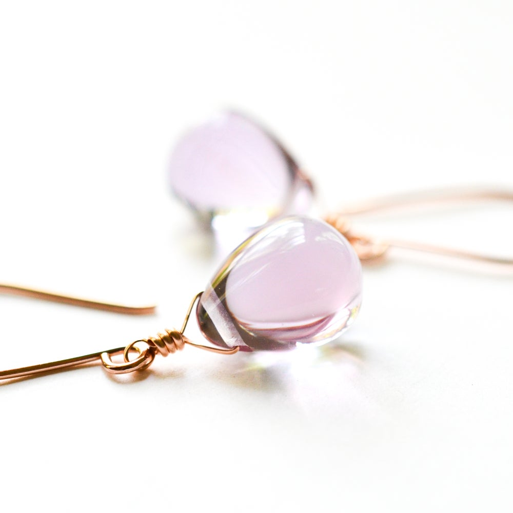 Image of Pale purple glass drop earrings